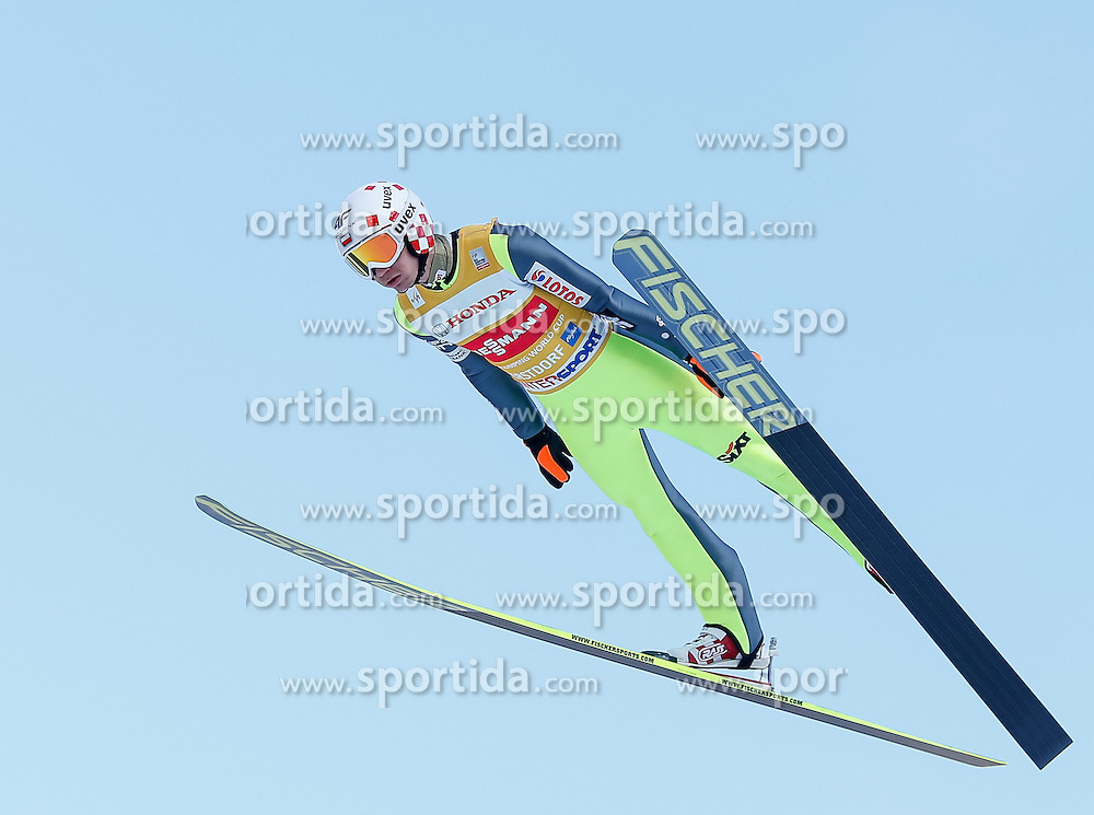 28.12.2013, Schattenbergschanze, Oberstdorf, GER, FIS Ski Sprung Weltcup, 62. Vierschanzentournee, Training, im Bild Kamil Stoch (POL) // Kamil Stoch of Poland during practice Jump of 62th Four Hills Tournament of FIS Ski Jumping World Cup at the Schattenbergschanze, Oberstdorf, Germany on 2013/12/28. EXPA Pictures © 2013, PhotoCredit: EXPA/ Peter Rinderer