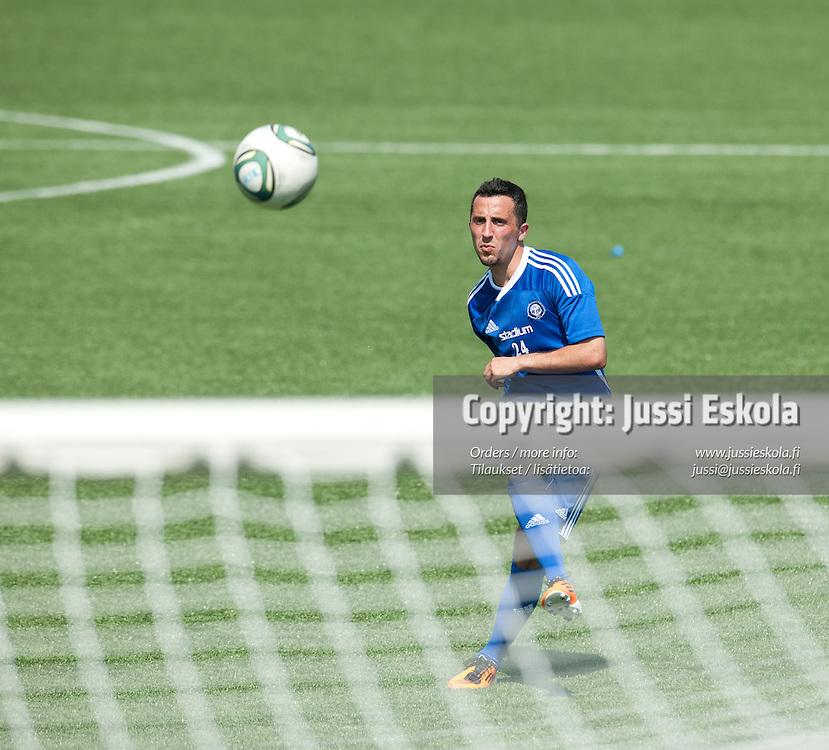 Erfan Zeneli. HJK. Harjoitukset. Sonera Stadium 2.7.2011. Photo: Jussi Eskola