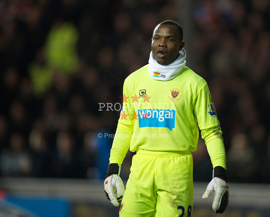 BLACKPOOL, ENGLAND - Wednesday, January 12, 2011: Blackpool's goalkeeper Richard Kingson wearing a large snood during the Premiership match against Liverpool at Bloomfield Road. (Photo by David Rawcliffe/Propaganda)