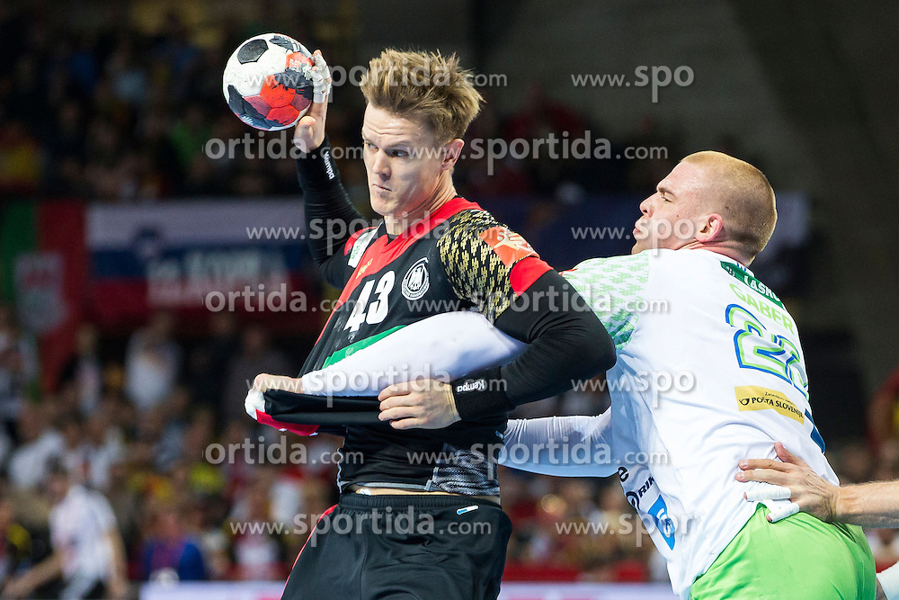 20.01.2016, Jahrhunderthalle, Breslau, POL, EHF Euro 2016, Deutschland vs Slowenien, Gruppe C, im Bild Niclas Pieczkowski (Nr. 43, TuS N-Luebbecke) gegen Matej Gaber (Nr. 22, Montpellier AHB) // during the 2016 EHF Euro group C match between Germany and Slovenia at the Jahrhunderthalle in Breslau, Poland on 2016/01/20. EXPA Pictures &copy; 2016, PhotoCredit: EXPA/ Eibner-Pressefoto/ <br /> <br /> *****ATTENTION - OUT of GER*****