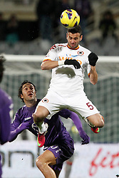 16.01.2012, Stadio Artemio Franchi, Florenz, ITA, TIM Cup, AC Florenz vs AS Rom, Viertelfinale, im Bild Leandro Castan Roma // during the Italian TIM Cup quarterfinal match between ACF Fiorentina and AS Roma at the Artemio Franchi Stadium, Florence, Italy on 2013/01/16. EXPA Pictures © 2013, PhotoCredit: EXPA/ Insidefoto/ Paolo Nucci..***** ATTENTION - for AUT, SLO, CRO, SRB, BIH and SWE only *****