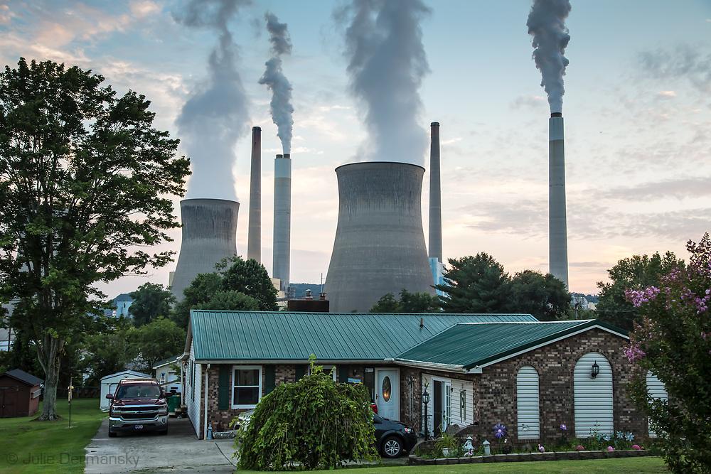 Home near the John Amos coal-fired power plant in Poca, West Virginia.