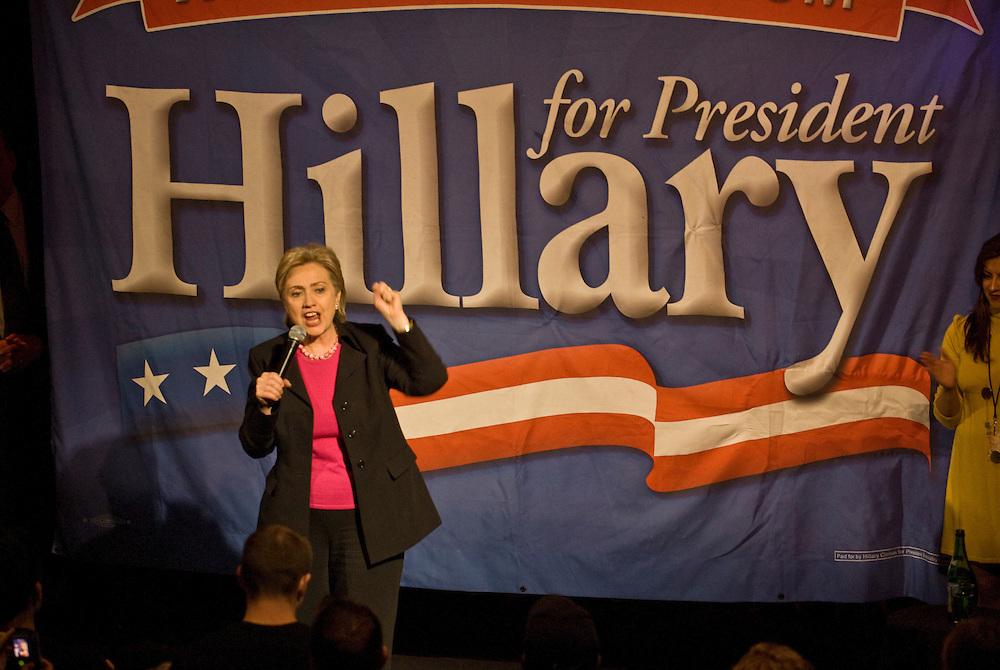 """New York  Manhattan Hillary Clinton bei einem Fundraiser Event im """"Hiro""""..Fotos © Stefan Falke. Clinton / Obama Kandidatenwahl der Demokraten in den USA.New York Primary 2008"""