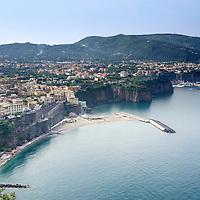 Vico Equense es una localidad y comune italiana de la provincia de Nápoles, región de Campania, con 20.823 habitantes. Costa Amalfitana, Italia. Vico Equense is a coastal town and comune in the Metropolitan City of Naples, in southern Italy.