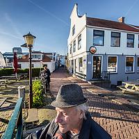 Nederland, Amsterdam, 25 november 2016.<br /> Caf&eacute; t Sluisje aan de Nieuwendammerdijk in Amsterdam Noord.<br /> Caf&eacute; 't Sluisje is een oud, bruin caf&eacute; en bestaat al meer dan 100 jaar.<br /> <br /> Foto: Jean-Pierre Jans
