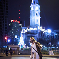 "Michael Grant, 28, ""Philly Jesus,"" searches for a taxi in Philadelphia, PA on December 14, 2014.  Nearly everyday for the last 8 months, Grant has dressed as Jesus Christ, and walked the streets of Philadelphia to share the Christian gospel by example.  He quickly acquired the nickname of ""Philly Jesus,"" which he has gone by ever since. REUTERS/Mark Makela (UNITED STATES)"