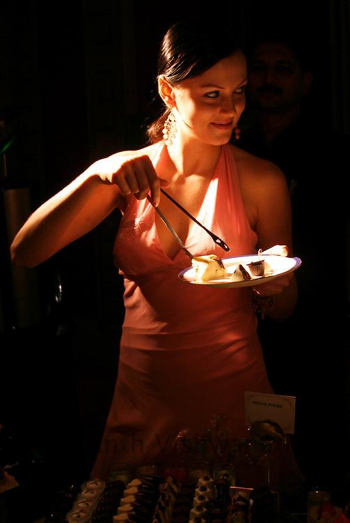 Bolly wood Item girl Yana Gupta promoting sugar free products.