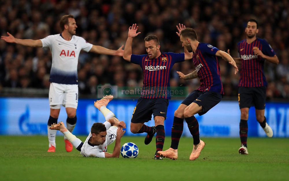 صور مباراة : توتنهام - برشلونة 2-4 ( 03-10-2018 )  38928955