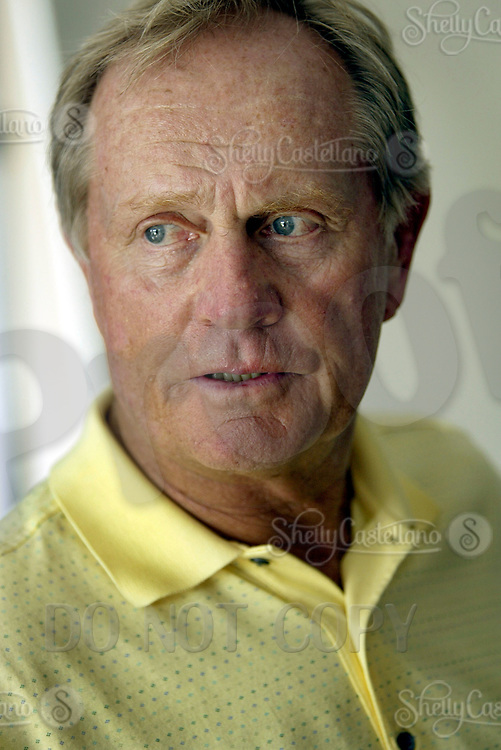 Sep 08, 2004; Aliso Viejo, CA, USA; Legendary golfer JACK NICKLAUS @ The Jack Nicklaus Heart & Stroke Challenge Gold Tournament for participants aged 55 and older.  Held at a new golf course designed by his son at the Aliso Viejo Country Club located in Southern California.  Men & Women aged 55 and older are at an increased risk of suffering cardiovascular related deaths.  Nicklaus suffers from hypertension (high blood pressure) and is at high risk for a heart attack or stroke.  Mandatory Credit: Photo by Shelly Castellano/ZUMA Press. (©) Copyright 2004 by Shelly Castellano
