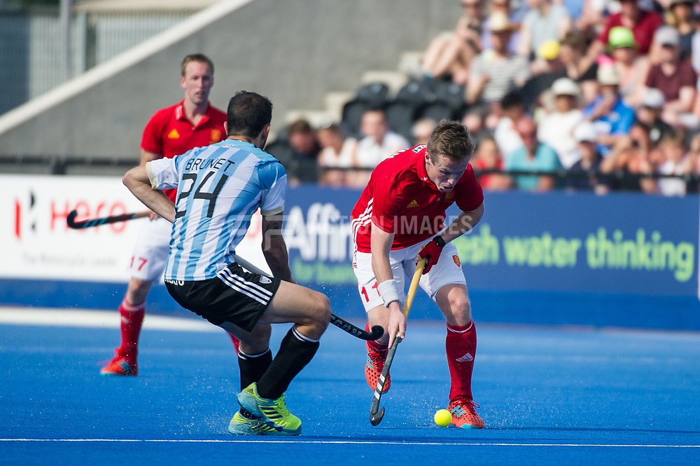 England's Ian Sloan. England v Argentina - Hockey World League Semi Final, Lee Valley Hockey and Tennis Centre, London, United Kingdom on 18 June 2017. Photo: Simon Parker