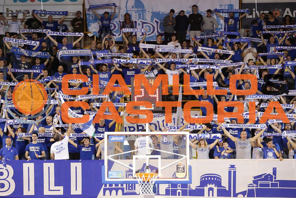 tifosi bresciaGermani Basket Brescia Leonessa - Pasta Reggia Juve Caserta<br /> Lega Basket Serie A 2016/2017<br /> Montichiari, 02/04/2017<br /> Foto Ciamillo-Castoria / M. Brondi