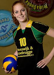 09-10-2013 VOLLEYBAL: PRIMA DONNA KAAS VROUWEN: HUIZEN <br /> 1e divisie B PDK Huizen seizoen 2013-2014 / Daphne Jacobs<br /> &copy;2013-FotoHoogendoorn.nl