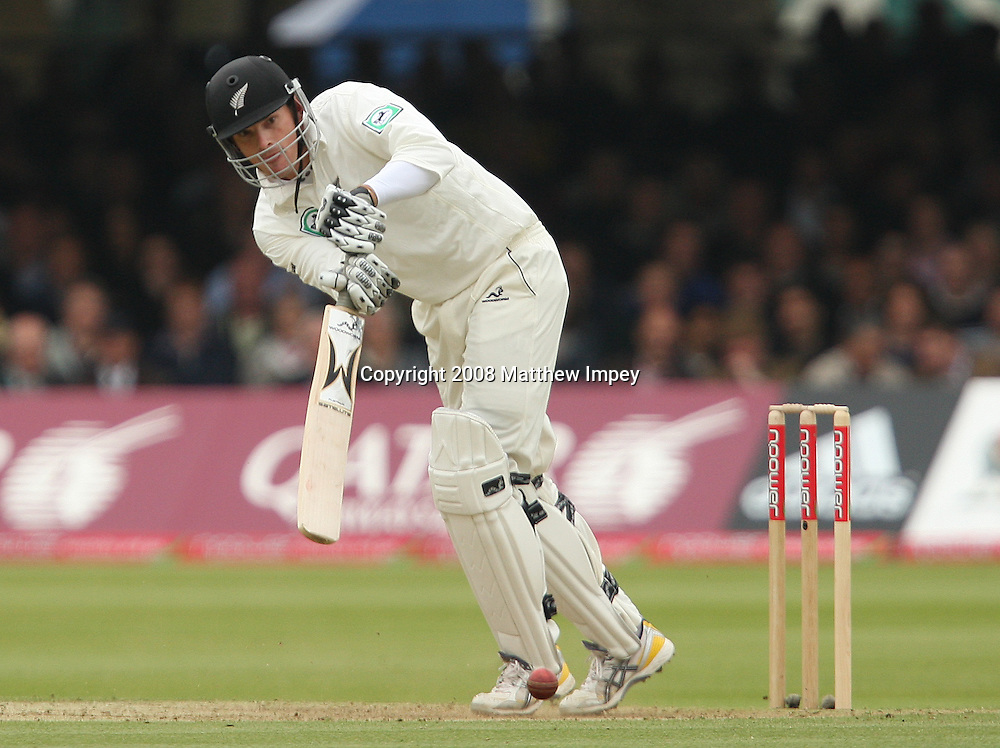Kyle Mills of New Zealand batting. England v New Zealand, Day 2, 1st Npower Test, Lord's Cricket Ground, St.Johns Wood, London. 16 May 2008. Photo: Matthew Impey/PHOTOSPORT