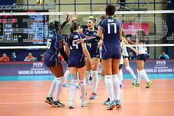 L'ITALIA ESULTA<br /> ITALIA - OLANDA<br /> VOLLEYBALL WORLD GRAND PRIX 2016<br /> BARI 18-06-2016<br /> FOTO GALBIATI - RUBIN