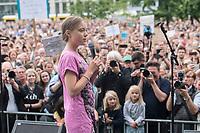 19 JUL 2019, BERLIN/GERMANY:<br /> Greta Thunberg, Klimaschutzaktivistin aus Schweden, haelt eine Rede auf einer Demonstration von Schuelern und Jugendlichen fuer einen besseren Schutz des Klimas, Invalidenpark<br /> IMAGE: 20190719-01-017<br /> KEYWORDS: Demo, Protest, Klimaschutz, Klimawandel, Schüler, climate, speech