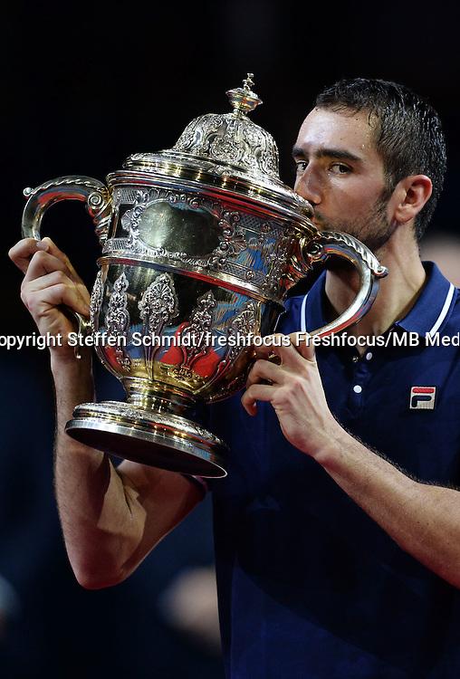 30.10.2016;  Basel; Tennis - Swiss Indoors 2016; Marin Cilic (CRO) mit dem Pokal<br /> (Steffen Schmidt/freshfocus)