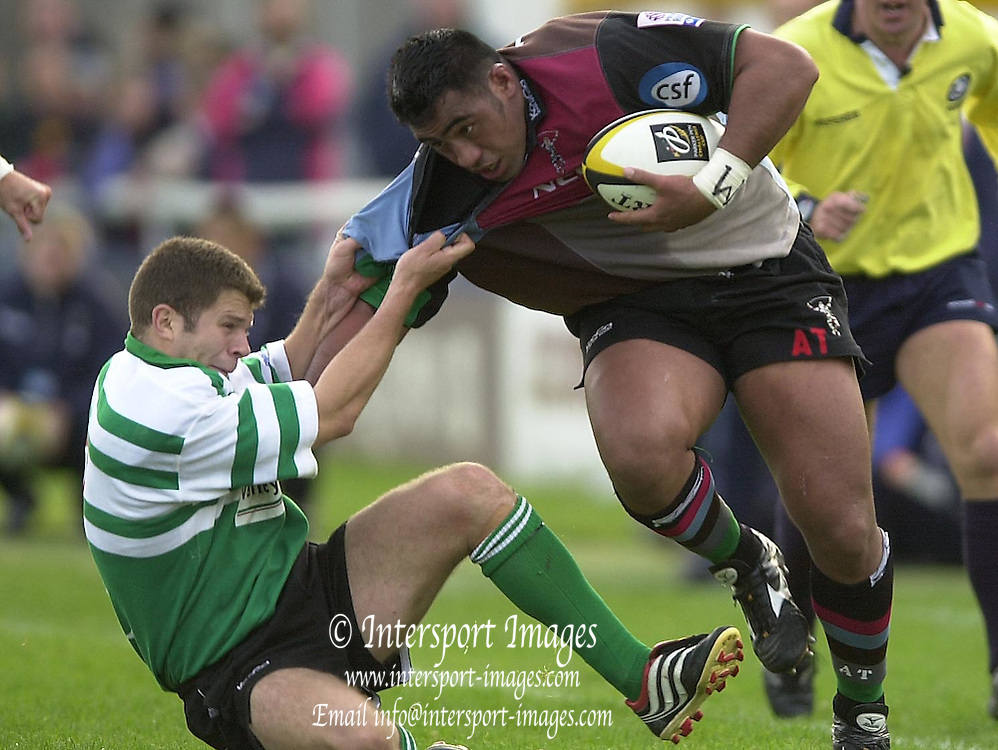 Photo Peter Spurrier.19/10/2002.European Rugby - Harlequins vs Caerphilly - Parker Pen Challenge Cup..Quins No.6 Ace Tiatia (Right) attacking down the left wing.. [Mandatory Credit:Peter SPURRIER/Intersport Images]