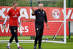 NEWPORT, WALES - Tuesday, June 5, 2018: Wales' goalkeeper Laura O'Sullivan and goalkeeping coach Jon Horton during a training session at Dragon Park ahead of the FIFA Women's World Cup 2019 Qualifying Round Group 1 match against Bosnia and Herzegovina. (Pic by David Rawcliffe/Propaganda)