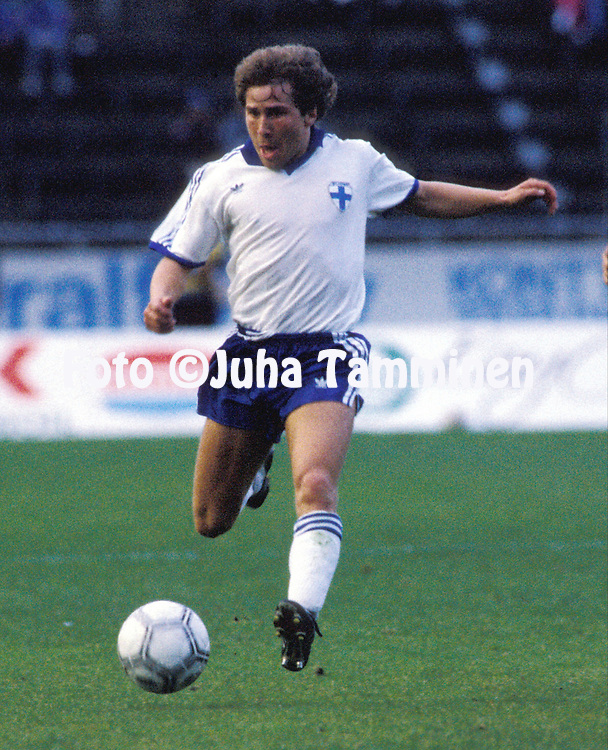 06.09.1989, Olympic Stadium, Helsinki, Finland. FIFA World Cup qualifying match , Finland v Wales..Marko Myyry - Finland.©JUHA TAMMINEN