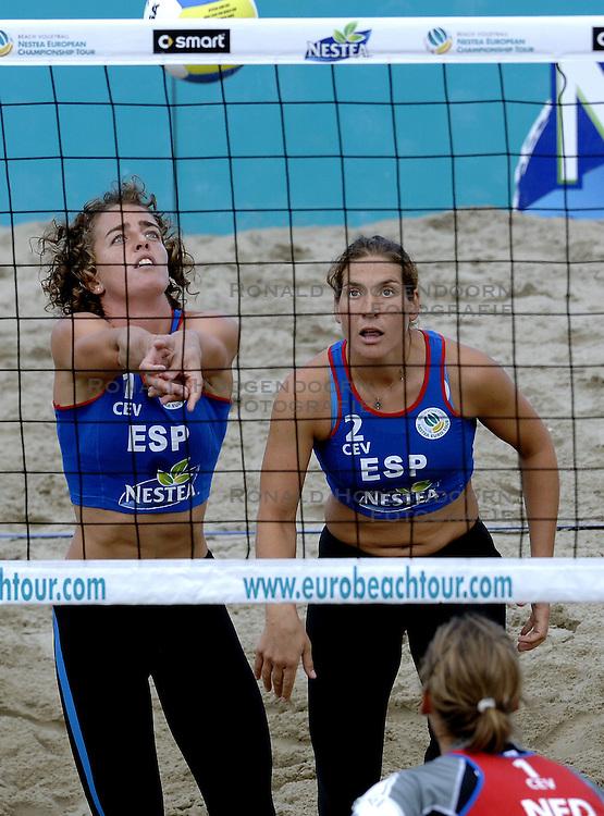 25-08-2006: VOLLEYBAL: NESTEA EUROPEAN CHAMPIONSHIP BEACHVOLLEYBALL: SCHEVENINGEN<br /> Nadia Campisi (SPA)<br /> ©2006-WWW.FOTOHOOGENDOORN.NL
