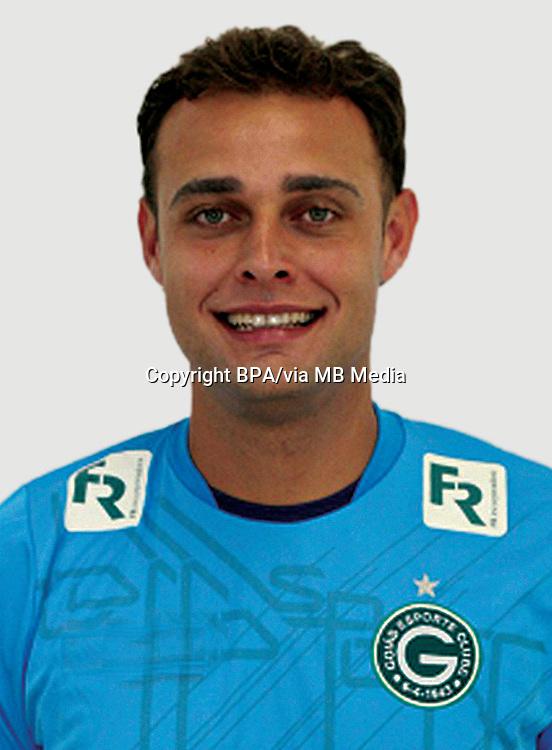 RENAN BRITO SOARES  ( Goiás Esporte Clube )