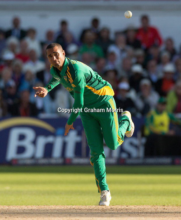 Robin Petersen bowls during the fifth and final NatWest Series one day international between England and South Africa at Trent Bridge, Nottingham. Photo: Graham Morris (Tel: +44(0)20 8969 4192 Email: sales@cricketpix.com) 05/09/12