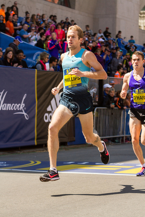 Boston Marathon: BAA 5K road race, Invitational Mens Mile, Phillips
