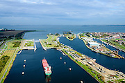 Nederland, Zeeland, Zeeuws-Vlaanderen, 19-10-2014; Terneuzen, Kanaal Gent - Terneuzen. Ingang kanaal en sluizen, Westerschelde in de achtegrond. <br /> Channel Gent - Terneuzen, entrance and locks.<br /> luchtfoto (toeslag op standard tarieven);<br /> aerial photo (additional fee required);<br /> copyright foto/photo Siebe Swart