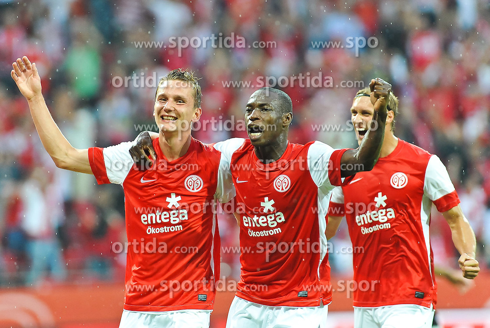 28.07.2011, Coface Arena, Mainz, GER, UEFA Europa League, Mainz 05 vs CS Gaz Metan Medias, im Bild Torjubel, vl. Niko Bungert (Mainz #26) Torschuetze, , Anthony Ujah, Marcel Risse (Mainz #23) // during the GER, UEFA Europa League, Mainz 05 vs CS Gaz Metan Medias on 2011/07/28, Coface Arena, Mainz, Germany. EXPA Pictures © 2011, PhotoCredit: EXPA/ nph/  Roth       ****** out of GER / CRO  / BEL ******