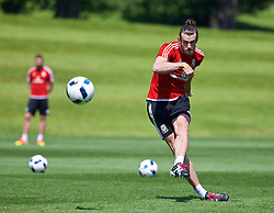 CARDIFF, WALES - Friday, June 3, 2016: Wales' Gareth Bale practices his free-kicks during a training session at the Vale Resort Hotel ahead of the International Friendly match against Sweden. (Pic by David Rawcliffe/Propaganda)