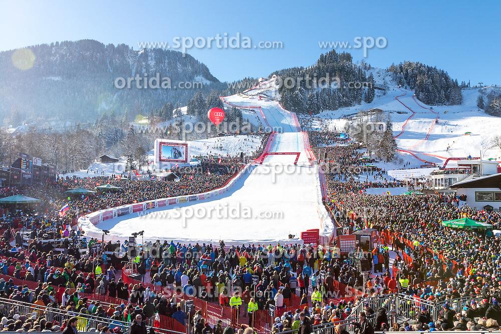 21.01.2017, Hahnenkamm, Kitzbühel, AUT, FIS Weltcup Ski Alpin, Kitzbuehel, Abfahrt, Herren, im Bild Übersicht vom Zielstadion // Overview of the finish area during the men's downhill of FIS Ski Alpine World Cup at the Hahnenkamm in Kitzbühel, Austria on 2017/01/21. EXPA Pictures © 2017, PhotoCredit: EXPA/ Serbastian Pucher