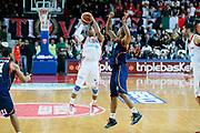 DESCRIZIONE : Varese Lega A 2013-14 Cimberio Varese Acea Virtus Roma<br /> GIOCATORE : Keydren Clark<br /> CATEGORIA : Passaggio Equilibrio<br /> SQUADRA : Cimberio Varese<br /> EVENTO : Campionato Lega A 2013-2014<br /> GARA : Cimberio Varese Acea Virtus Roma<br /> DATA : 12/01/2014<br /> SPORT : Pallacanestro <br /> AUTORE : Agenzia Ciamillo-Castoria/G.Cottini<br /> Galleria : Lega Basket A 2013-2014  <br /> Fotonotizia : Varese Lega A 2013-14 Cimberio Varese Acea Virtus Roma<br /> Predefinita :