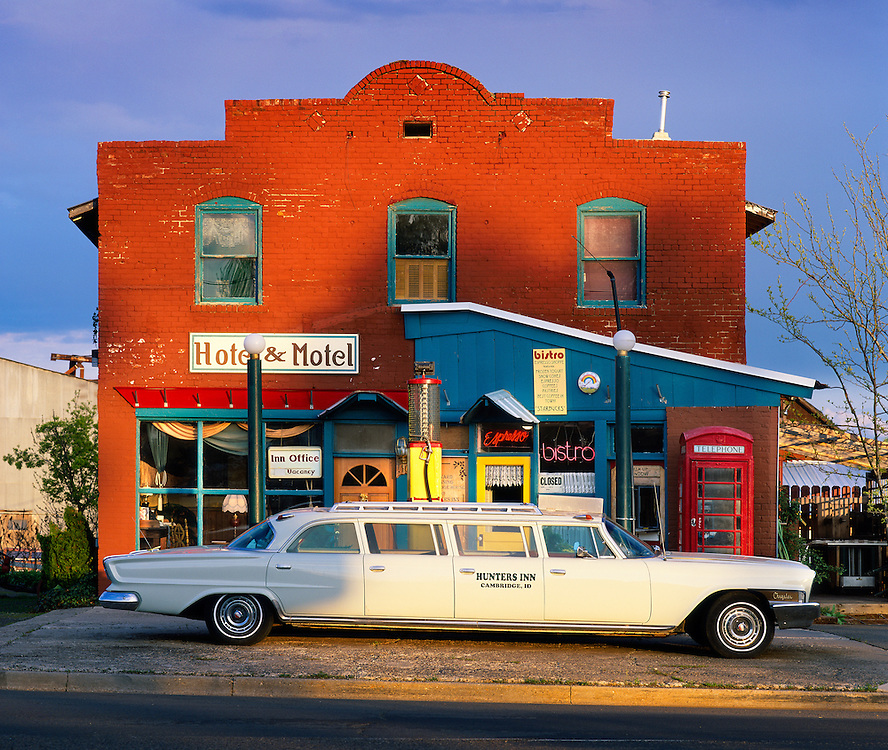 Hunters Inn in the town of Cambridge in Western Idaho is a colorful and classic location with its old Chrysler Limo, UK phonebooth, and early 1930 gas pump welcomes visitors with a coffee, icecream, or accommodations.