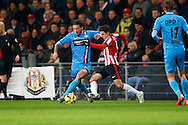 PSV - WILLEM II <br /> Mitchel Dijks of Willem II in duel met Santiago Arias