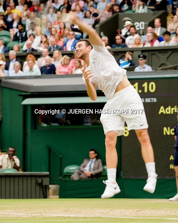 ADRIAN MANNARINO (FRA),Bewegungsunschaerfe,Mitzieher,<br /> <br /> Tennis - Wimbledon 2017 - Grand Slam ITF / ATP / WTA -  AELTC - London -  - Great Britain  - 11 July 2017.