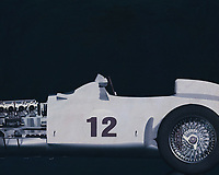 The Mercedes-Benz W 196 R designed for the 1954 season met all the demands of the new Grand Prix formula decreed by the sport's governing body, the CSI (Commission Sportive Internationale): a capacity of 750 cc with or 2500 cc without supercharger, free choice of gas mixture, a racing distance of 300 kilometres or a minimum of three hours. The streamlined version was completed first because the Reims race kicking off the season permitted very high speeds. After that there was also a version with exposed wheels. –<br />
