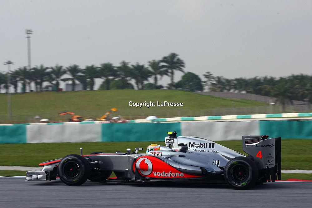 &copy; Photo4 / LaPresse<br /> 23/3/2012 Sepang<br /> Malaysian Grand Prix, Sepang 2012<br /> In the pic: Lewis Hamilton (GBR), McLaren  Mercedes, MP4-27