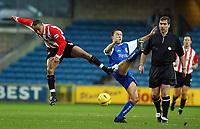 PIC BY DANIEL HAMBURY/Digitalsport<br /> Millwall V Sunderland 17/1/04<br /> <br /> Millwall's Dennis Wise and Sunderland's Jeff Whitley