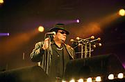 Op 24 augustus 2002 werd opnieuw geschiedenis geschreven in het Olympisch Stadion. Want op die dag gaf Neerlands populairste zanger André Hazes namelijk een uniek concert in het beroemde stadion! Het was in alle opzichten een gedenkwaardige gebeurtenis, niet in de laatste plaats voor de volkszanger zelf. Met het concert in het Olympisch Stadion zag hij een droom in vervulling gaan.