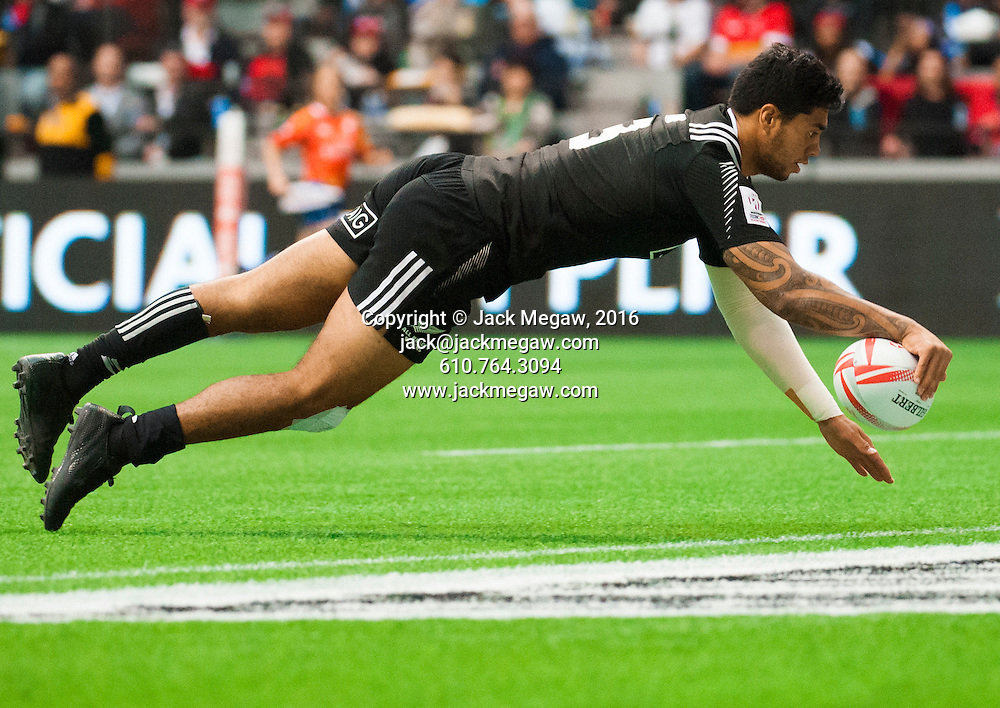 Regan Ware of New Zealand scores a try during the pool stages of the 2016 Canada Sevens leg of the HSBC Sevens World Series Series at BC Place in  Vancouver, British Columbia. Saturday March 12, 2016.<br /> <br /> Jack Megaw<br /> <br /> www.jackmegaw.com<br /> <br /> 610.764.3094<br /> jack@jackmegaw.com