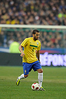 FOOTBALL - FRIENDLY GAME 2010/2011 - FRANCE v BRAZIL - 9/02/2011 - PHOTO JEAN MARIE HERVIO / DPPI - DANIEL ALVES (BRA)