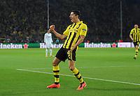 FUSSBALL  CHAMPIONS LEAGUE  HALBFINALE  HINSPIEL  2012/2013      Borussia Dortmund - Real Madrid              24.04.2013 Robert Lewandowski (Borussia Dortmund) bejubelt sein Tor zum 1:0