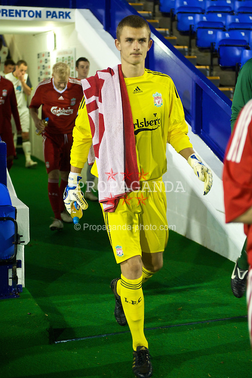 BIRKENHEAD, ENGLAND - Wednesday, October 21, 2009: Liverpool's goalkeeper Martin Hansen before the FA Premiership Reserves League (Northern Division) match at Prenton Park. (Photo by: David Rawcliffe/Propaganda)