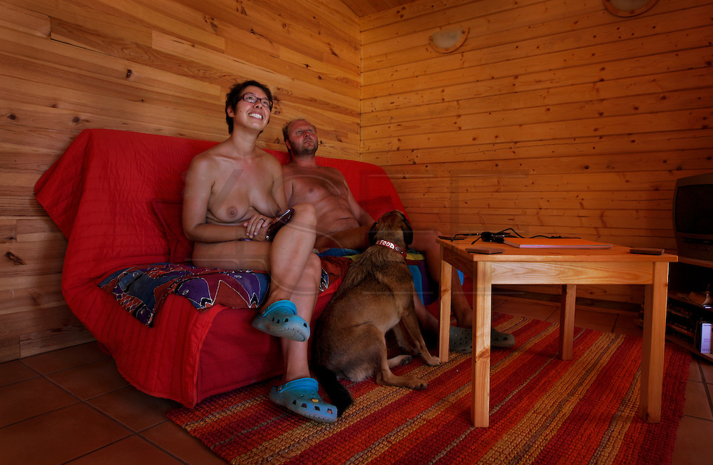 The two owners of the naturist camping park, Laura and Jeff, two dutchs.