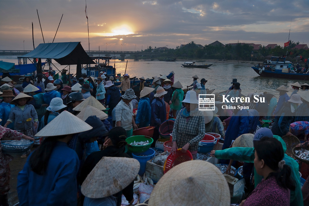 Local fish market by Thu Bon River in Hoi An Ancient Town, UNESCO World Heritage site.