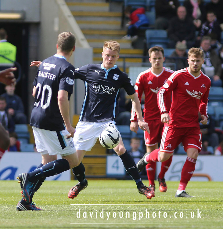 Dundee's Calvin Colquhoun - Dundee v Aberdeen - SPFL Premiership at Dens Park <br /> <br />  - &copy; David Young - www.davidyoungphoto.co.uk - email: davidyoungphoto@gmail.com