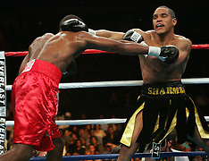 June 11, 2005 - Sharmba Mitchell vs Chris Smith