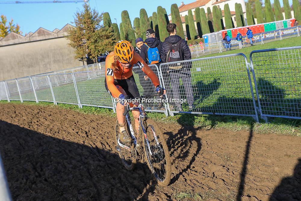 10-11-2019: Wielrennen: Europees Kampioenschap Veldrijden: Silvelle<br />Isa Nomden