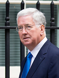 © Licensed to London News Pictures. 17/10/2017. London, UK. Defence Secretary Sir Michael Fallon arriving in Downing Street to attend a Cabinet meeting this morning. Photo credit : Tom Nicholson/LNP
