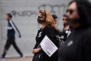 20181125/ Nicolas Celaya - adhocFOTOS/ URUGUAY/ MONTEVIDEO/ CENTRO/ Marcha en conmemoraci&oacute;n por el D&iacute;a Internacional de Lucha contra la Violencia hacia las Mujeres por el centro, Montevideo.<br /> En la foto: Marcha en conmemoraci&oacute;n por el D&iacute;a Internacional de Lucha contra la Violencia hacia las Mujeres por el centro, Montevideo. Foto: Nicol&aacute;s Celaya /adhocFOTOS
